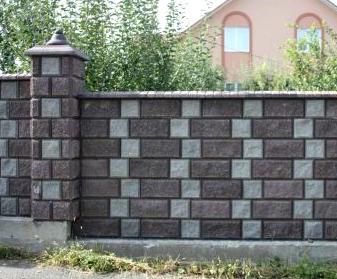 Декоративный блок рваный серый